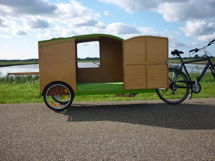 fahrradwohnwagen fahrradkarawane bicycle caravan. Black Bedroom Furniture Sets. Home Design Ideas