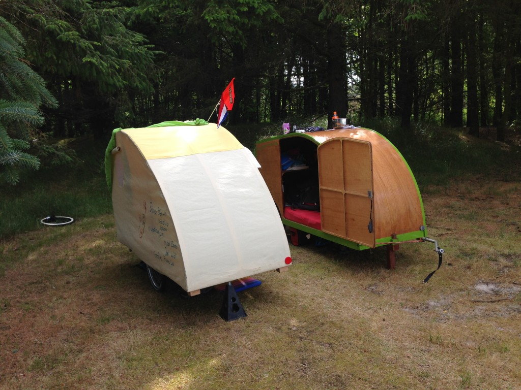 Bike Camper Trailer Great Bicyles Caravans Bike Trailer Pinterest Small